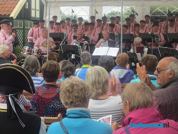 Stuwzangerslied zaterdag tijdens 'Dagje Mooi Vilsteren'