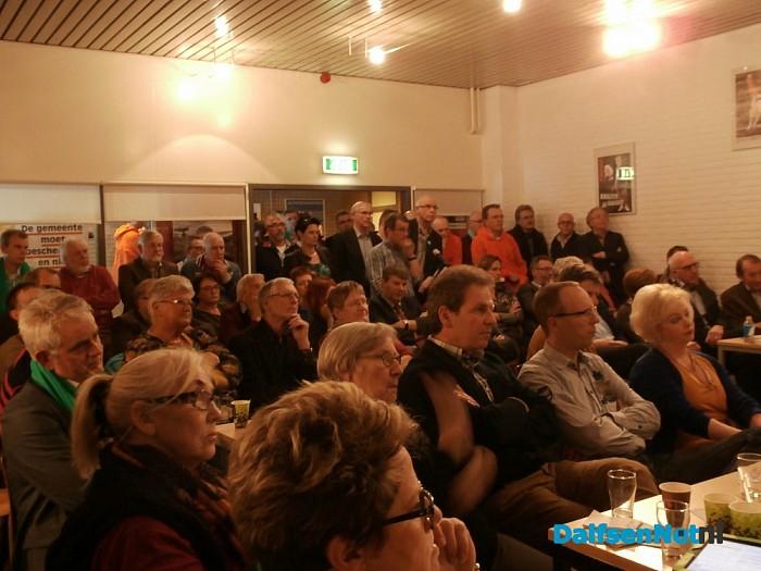 Tweede verkiezingsdebat Nieuwleusen was constructief - Foto: Robert Bril