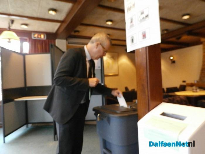 Han Noten stemt bij Madrid - Foto: Robert Bril