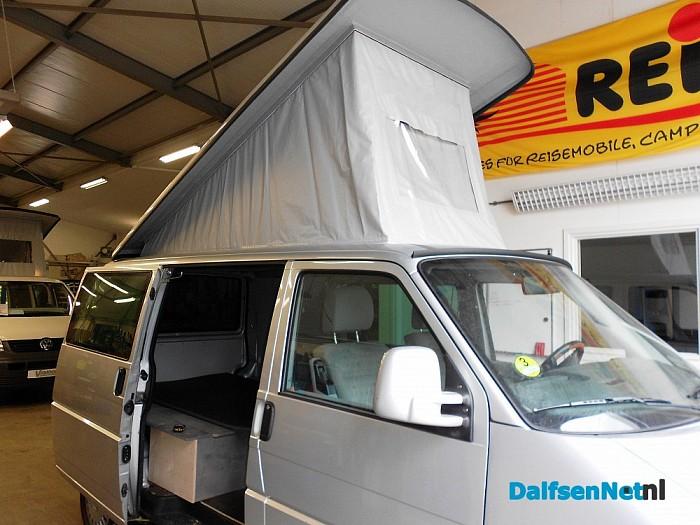 In Heino bouwen ze campers in, bij Aart