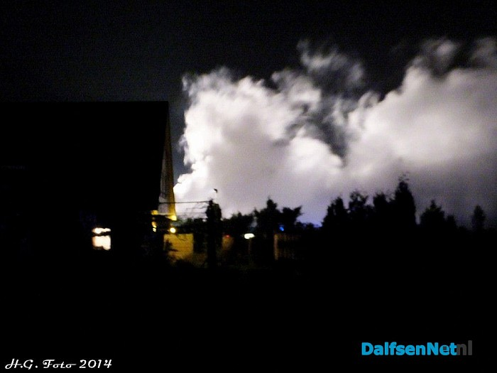 Grote brand schuur Hessenweg. - Foto: H.G. Foto