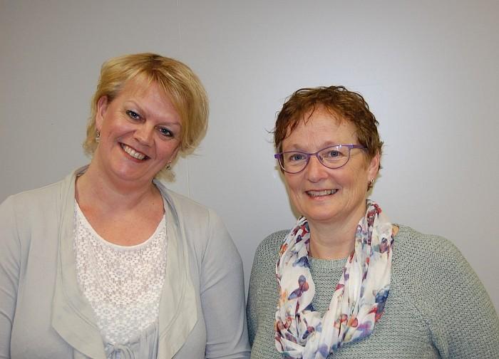 Consulenten Vriendenkringen, links Lucia Wolters, rechts Janny Broekhuis - Foto: eigen geleverde foto