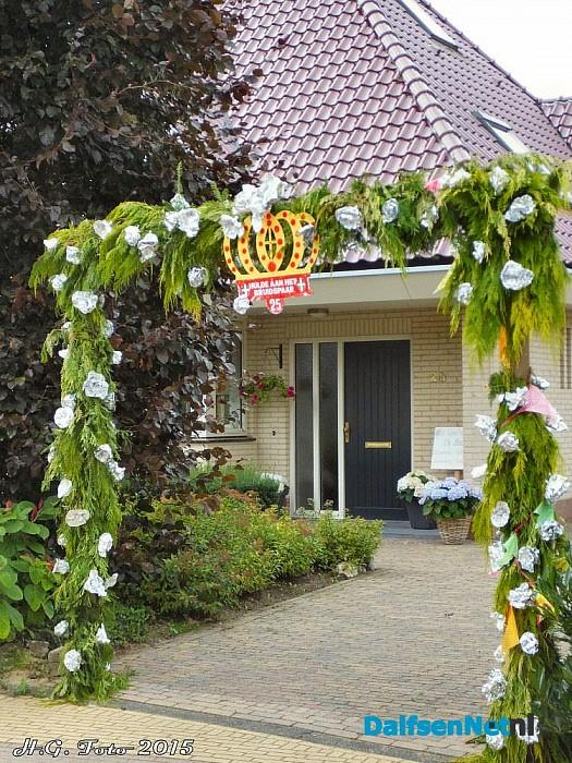 Klaas en Thea Agricola 25 jaar getrouwd. - Foto: H.G. Foto