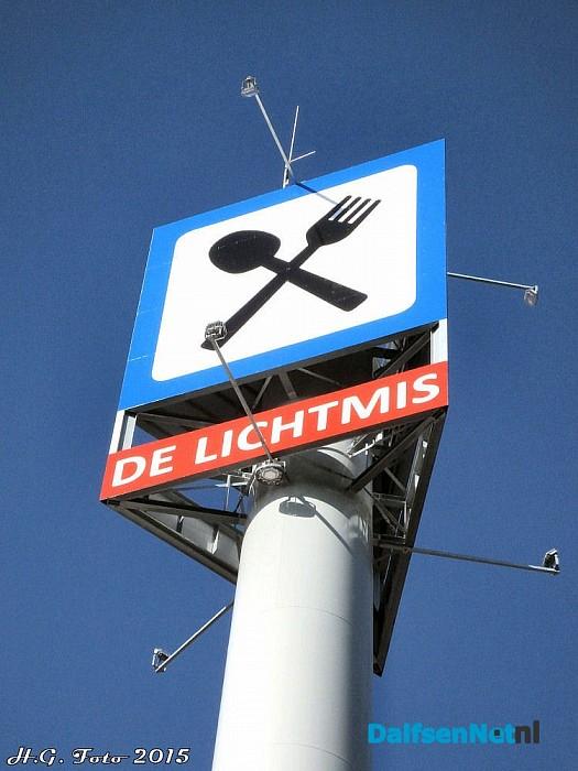 Radio onderdelen markt de Lichtmis. - Foto: H.G. Foto