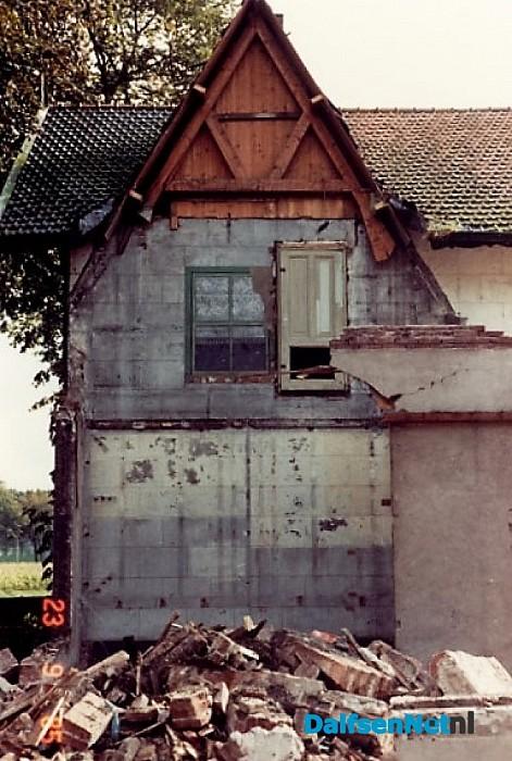 Verdwenen: geschilderde raam