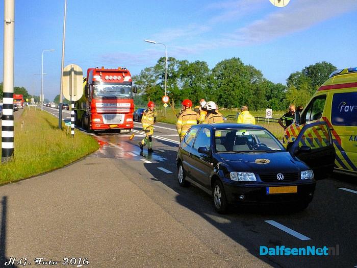 Ongeval /Letsel verkeerslichten Oudleusen. - Foto: H.G. Foto