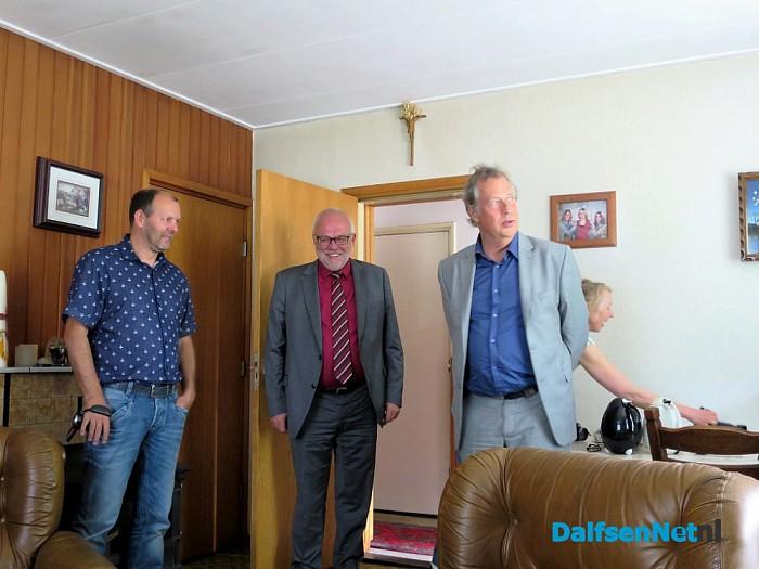 Burgemeester op bezoek bij 60 jarig bruidspaar