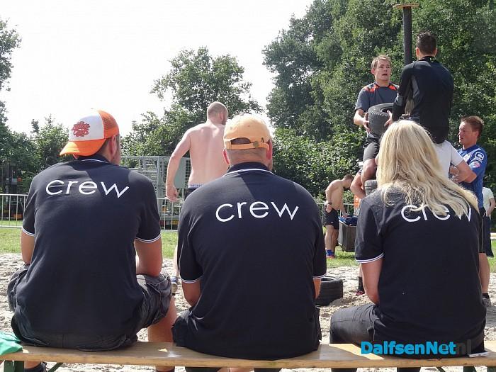 Teams laten zich uitdagen tijdens survival op het sukerbietenfeest - Foto: Ingezonden foto