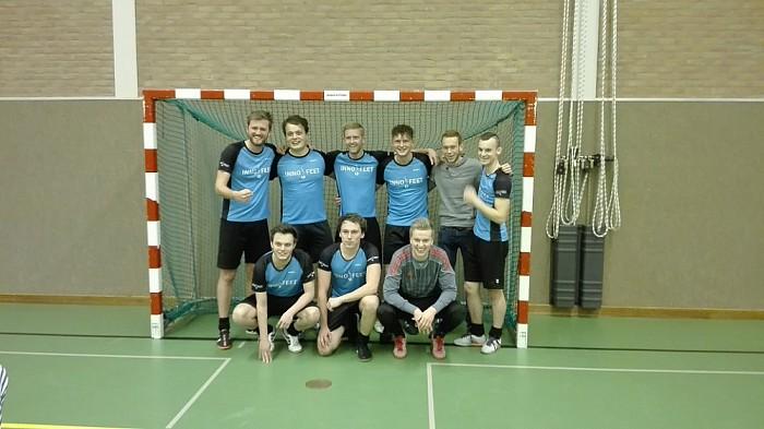 """FC Beun wint """"Oliebollentoernooi Nieuwleusen 2016"""" - Foto: eigen geleverde foto"""