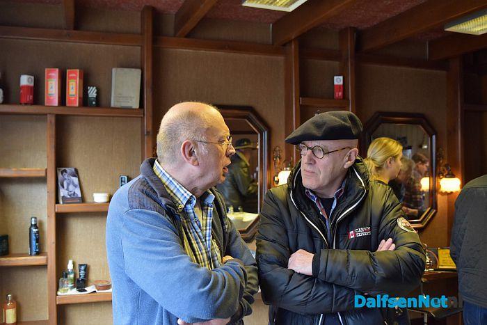 Kapper Steven de keizer van Dalfsen met pensioen - Foto: Johan Bokma