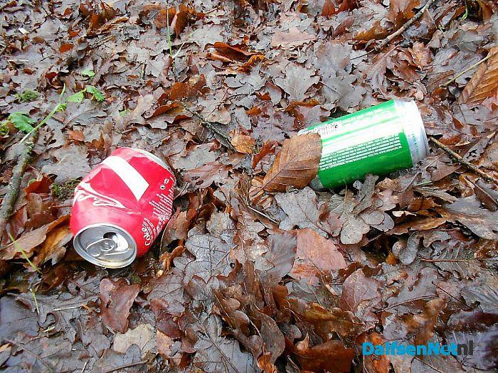 Groeit er afval langs de weg?