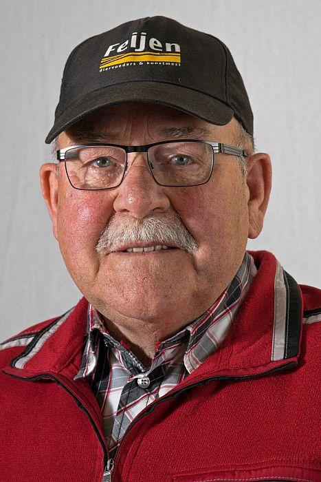 Man met hoofddeksel: Jan Herbrink - Foto: Paul Scholten