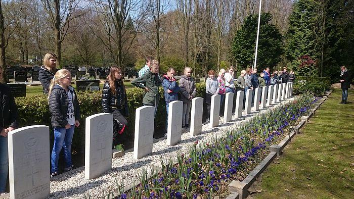 Oefenen voor de dodenherdenking - Foto: eigen geleverde foto