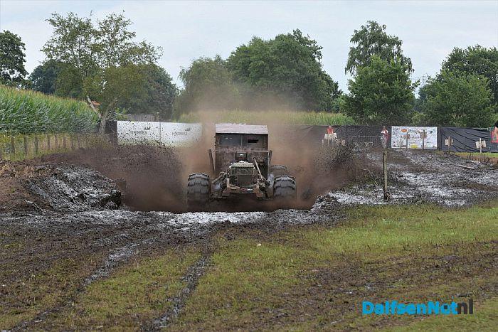 Mud Mania 2017 Autoblubbering Lemelerveld - Foto: Johan Bokma