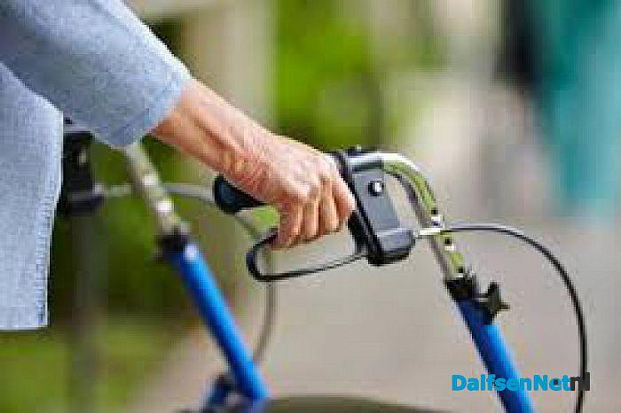 Rollatorwandelingen houden u mobiel - Foto: Ingezonden foto