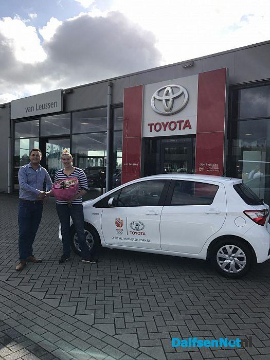 Toyota van Leussen levert auto aan TeamNL! - Foto: Ingezonden foto