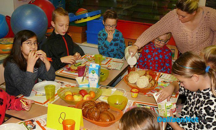 Lekker ontbijt op Sjaloom - Foto: Ingezonden foto