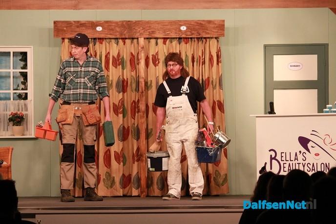 """Geslaagde 1e uitvoering van toneelvereniging """"De Kleine Kunst"""" - Foto: Ingezonden foto"""
