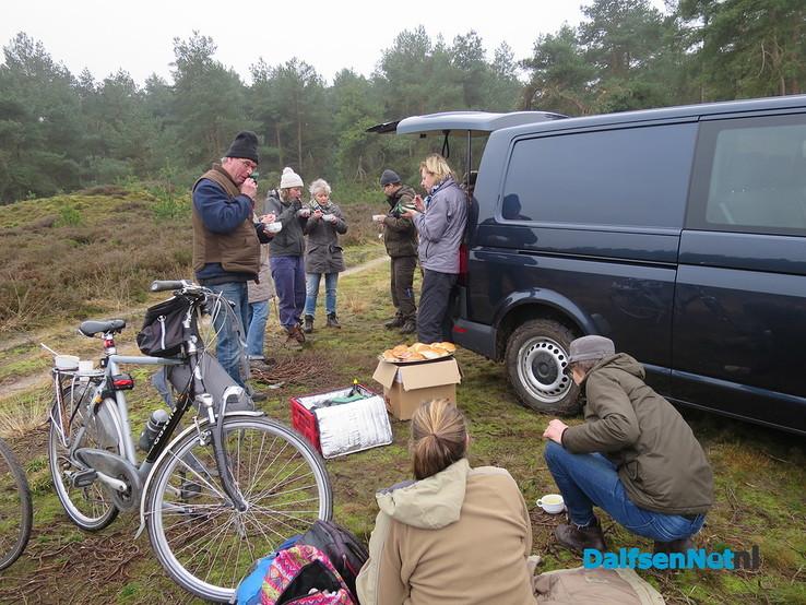 De hei op met de boswachter, natuurwerkdag - Foto: Wim
