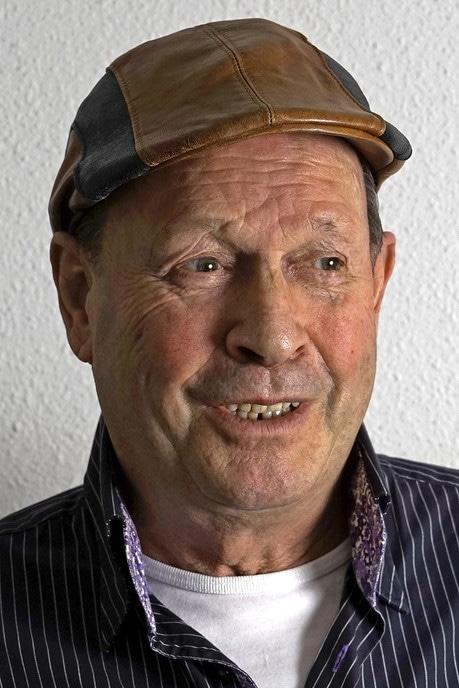 Man met hoofddeksel: vandaag Paul Veltien - Foto: Paul Scholten