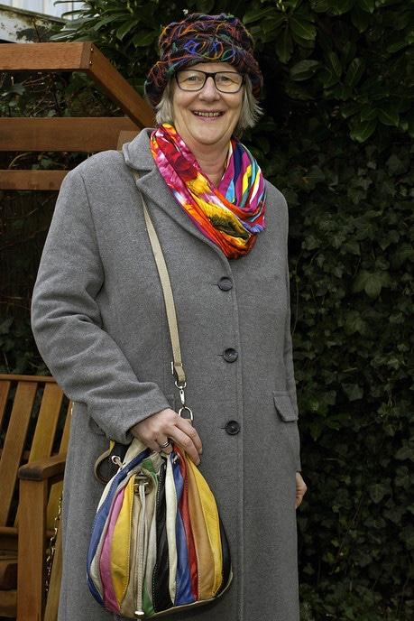 Vrouw met tas: Margreet Colenbrander - Foto: Paul Scholten