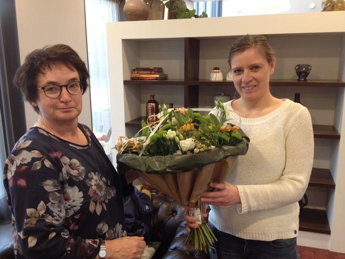 Bloemetje in de Week van Zorg en Welzijn - Foto: eigen geleverde foto