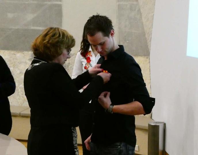 Erepenning ( koninklijke onderscheiding) voor Marius Hardeman - Foto: eigen geleverde foto