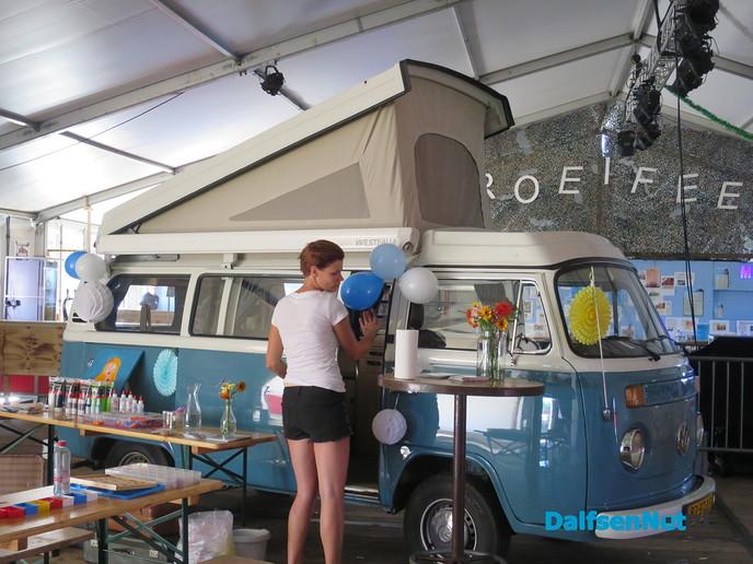 Sproeifeest begonnen met grote markt - Foto: Wim