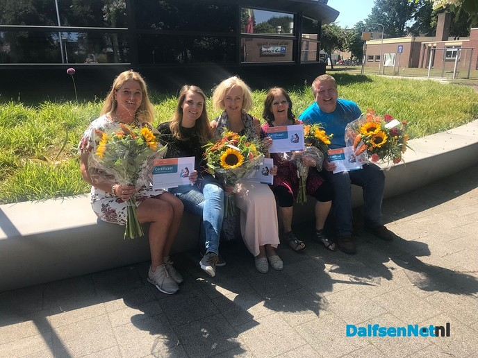 Eerste vrijwilligers Home-Start Dalfsen gecertificeerd! - Foto: Ingezonden foto