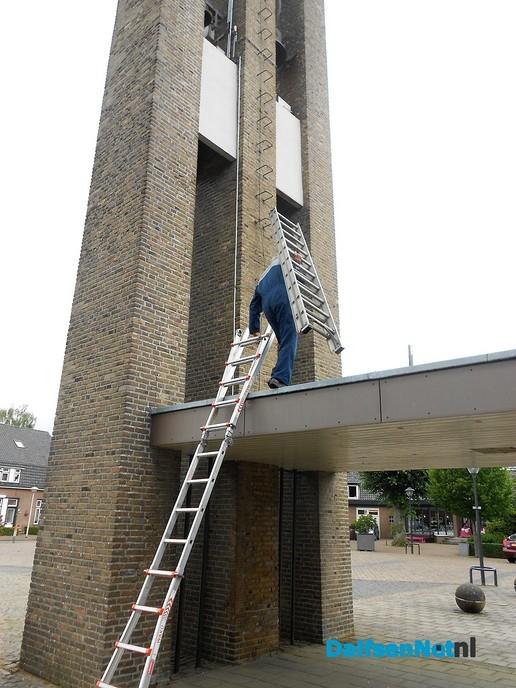 De heer van de Kerkhof zoekt het in de toren