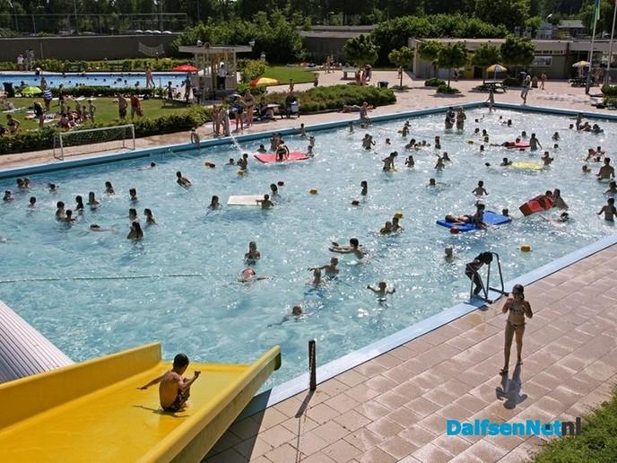 Zwembaden zondag eerder open - Foto: Ingezonden foto
