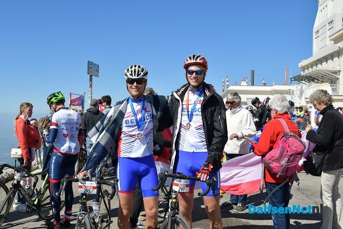 Team Vechtdal voltooit beklimming Mont Ventoux - Foto: Johan Bokma