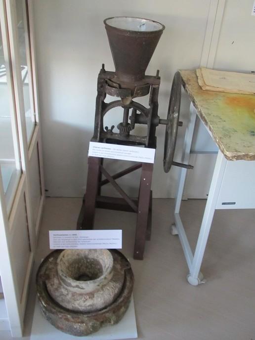 Vitrine schildersmuseum Meesters ingericht - Foto: eigen geleverde foto