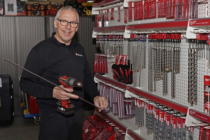 """JRV Products, een bedrijf van """" Dalfsenaar """" Alfons Boerdijk - Foto: Paul Scholten"""