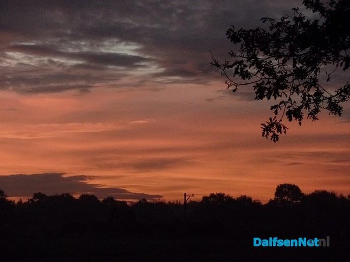 En weer werden we verrast met een prachtige zonsopgang ….. - Foto: Ingezonden foto