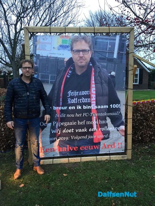 Henk Jan en Ard Brasjen zien Abraham - Foto: Ingezonden foto