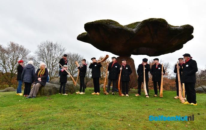 Oerklanken klinken over Dalfsen - Foto: Johan Bokma
