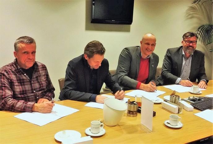 Samenwerkingsovereenkomst Wonen ondertekend - Foto: Gemeente Dalfsen