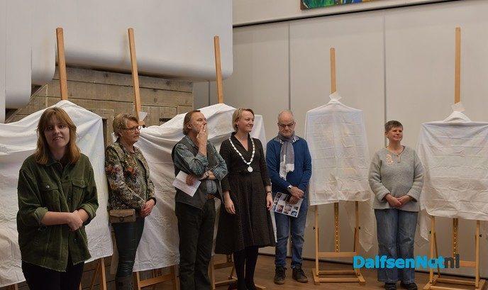 Burgemeester Van Lente opent tentoonstelling l'Art Brut in de De Spil - Foto: Johan Bokma