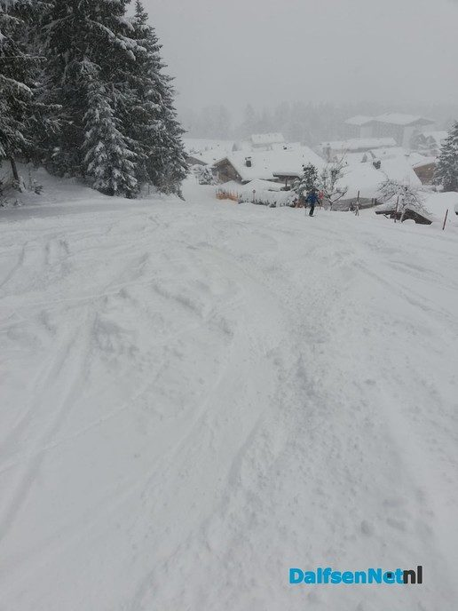 Heel veel sneeuw - Foto: Ingezonden foto
