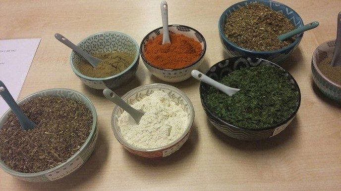 Workshop, eigen e-nummer vrije pure kruidenmix maken - Foto: eigen geleverde foto