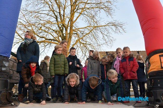 GBS De Uitleg begint de dag sportief met 'the Daily Mile' - Foto: Johan Bokma