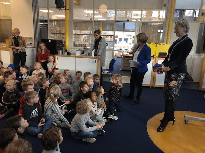 Burgemeester op bezoek bij de Polhaar - Foto: eigen geleverde foto