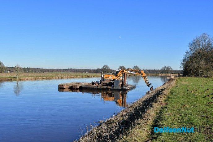 Update verwijdering stenen Vechtoever - Foto: Johan Bokma