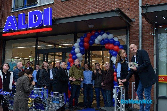 Vernieuwde Aldi aanwinst voor de Gemeente - Foto: Johan Bokma