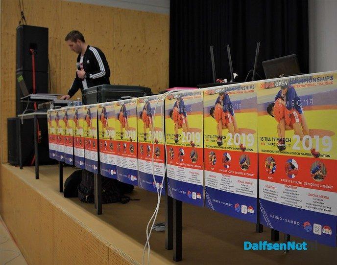Internationaal deelnemersveld bij Dutch Open Sambo & Combat-Sambo in de Trefkoele+ - Foto: Johan Bokma