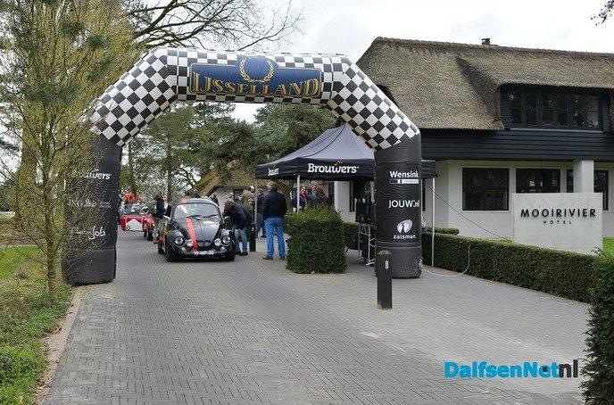 15e editie IJssellandrally gestart bij Mooirivier - Foto: Johan Bokma