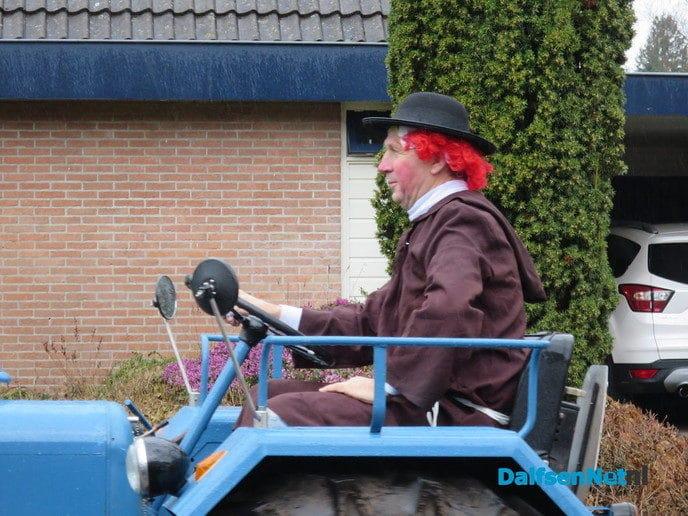 Een grootse optocht inHoonhorst - Foto: Wim