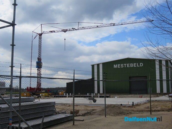 Lemelerveld bouwt rustig door - Foto: Wim