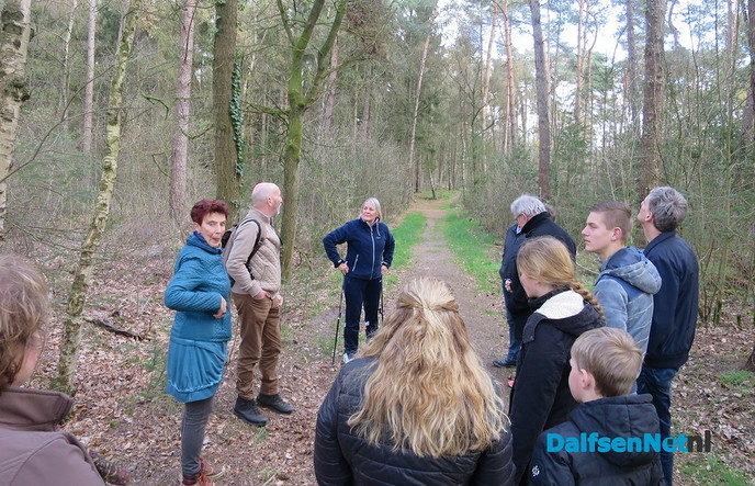"""""""Nieuwe tijd"""" wandeling groot succes - Foto: Wim"""